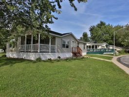 short-term rental Rent Seasonally Home in Community