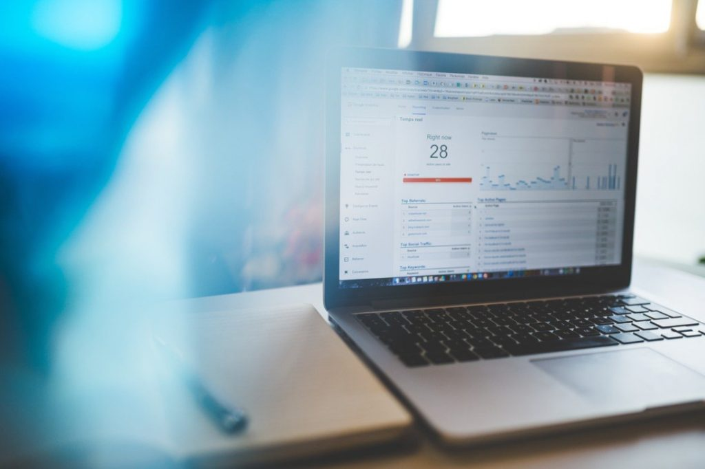 Web analytics measurement computer
