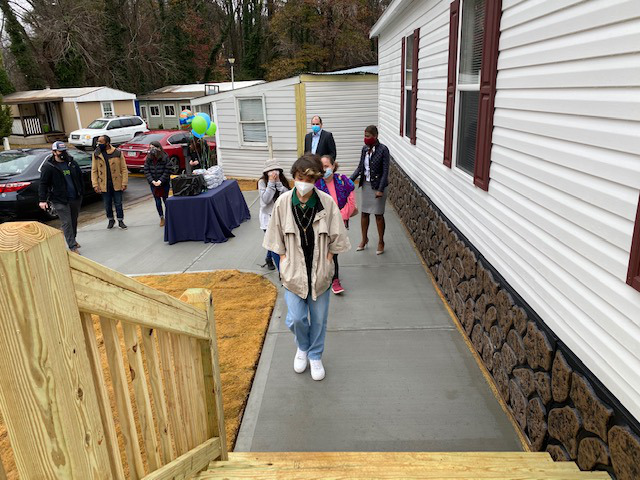Lopez family Pentagon new home in time for the holidays